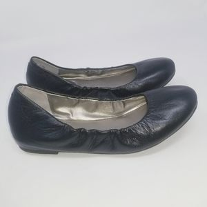 Me Too Black Leather Ballet Flats Size US 6.5